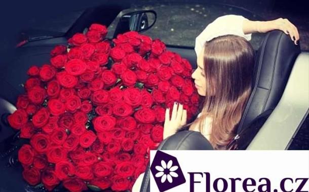 Kytici růží třeba až do Mutkova nebo Jívové – dovoz až do domu jen za 95 Kč !
