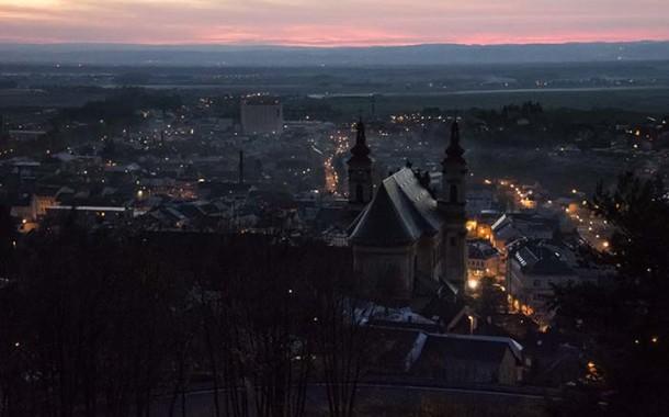 Město před spánkem