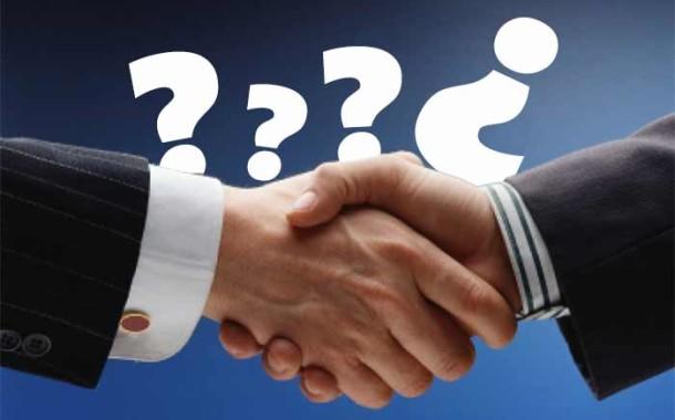 Prodali jste (městský majetek) lacino? Neplatné, říká nový zákon o obcích