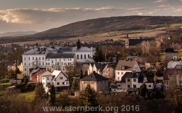 Pár fotek Šternberka ze zajímavého místa