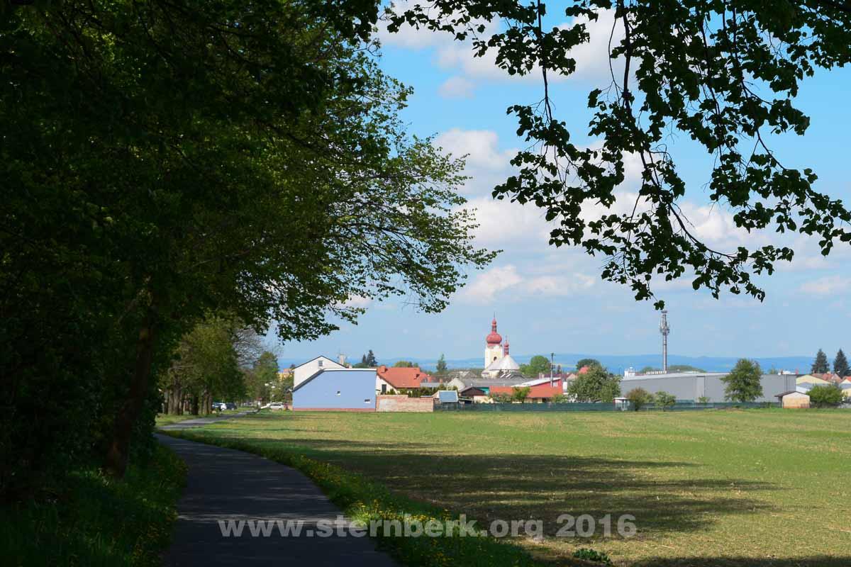 Půldenní výlet po okolí: Šternberk – Aleš – Bělkovice – Lašťany – Bohuňovice – Štarnov – Šternberk