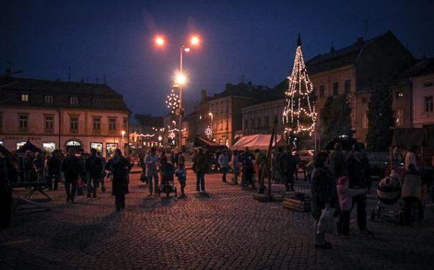 Historie stříbrného smrku na náměstí ve Šternberku