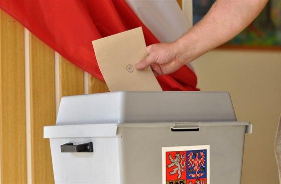 Jak volit efektivně – návod jak neztratit hlasy